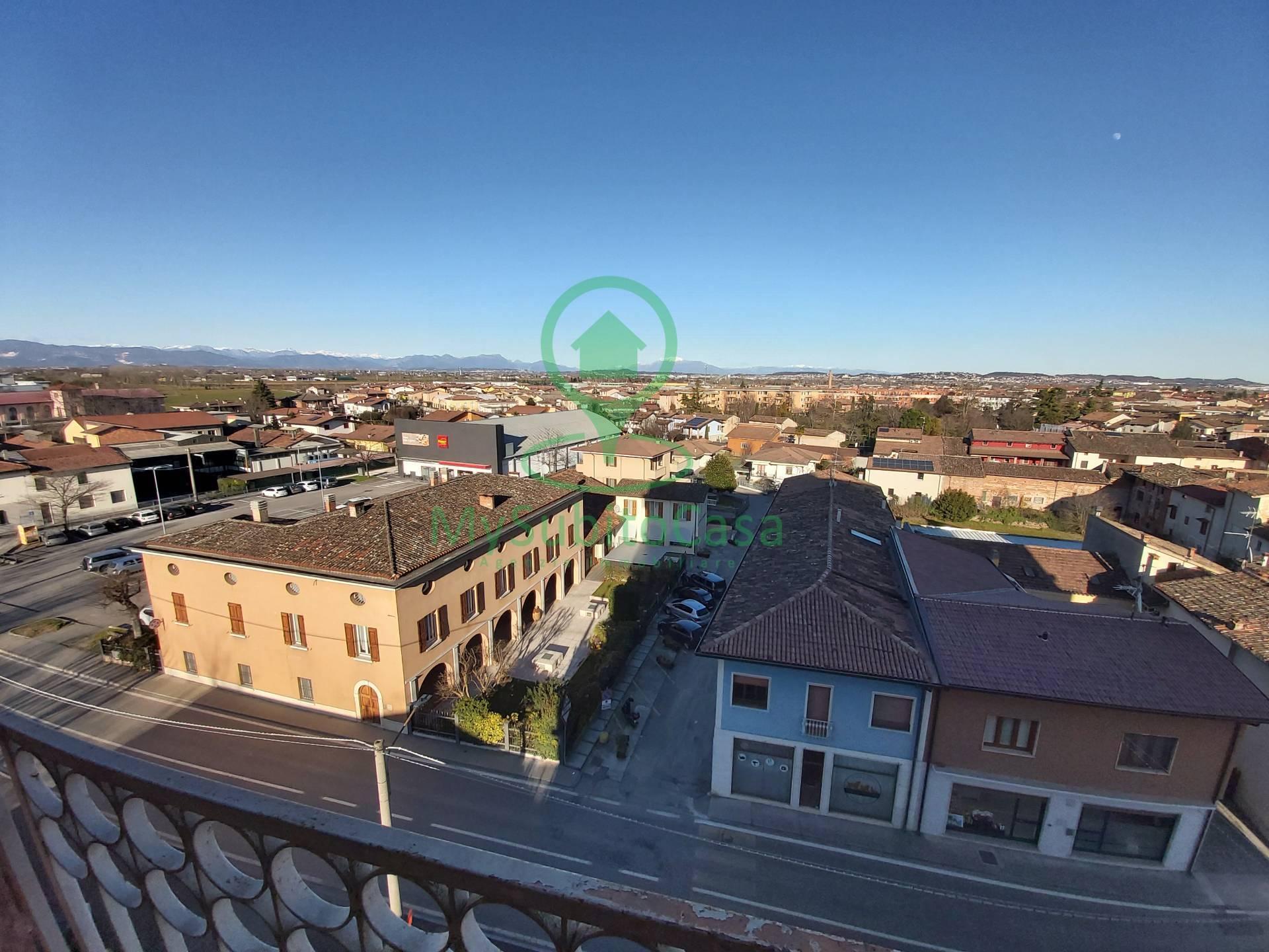 Appartamento in vendita a Carpenedolo, 4 locali, prezzo € 40.000 | PortaleAgenzieImmobiliari.it