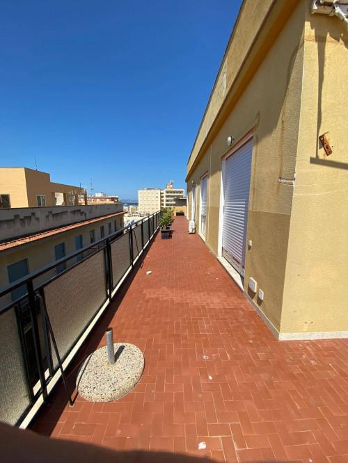 attico con terrazzo in Affitto a Trapani