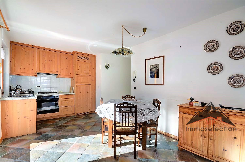 wohnung zu verkaufen in marebbe enneberg kodex bk1040. Black Bedroom Furniture Sets. Home Design Ideas
