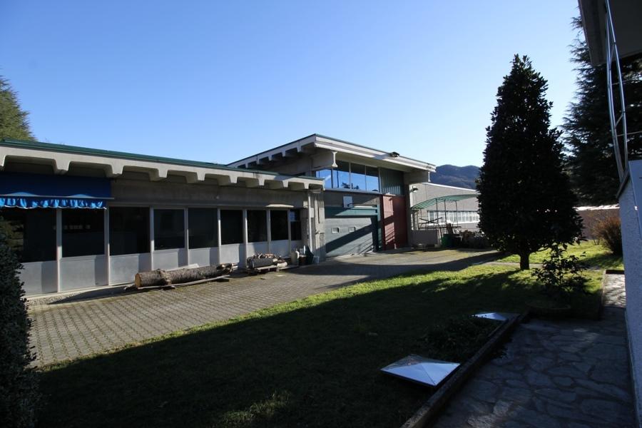 Capannone in affitto a Caprino Bergamasco, 9999 locali, prezzo € 2.100 | CambioCasa.it