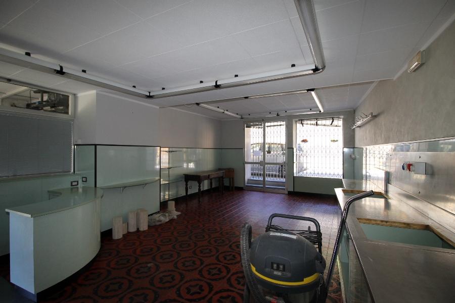 Laboratorio in affitto a Pontida, 9999 locali, prezzo € 400   CambioCasa.it