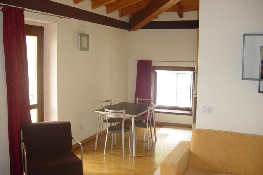 Appartamento in affitto a Pontida, 2 locali, prezzo € 480 | CambioCasa.it
