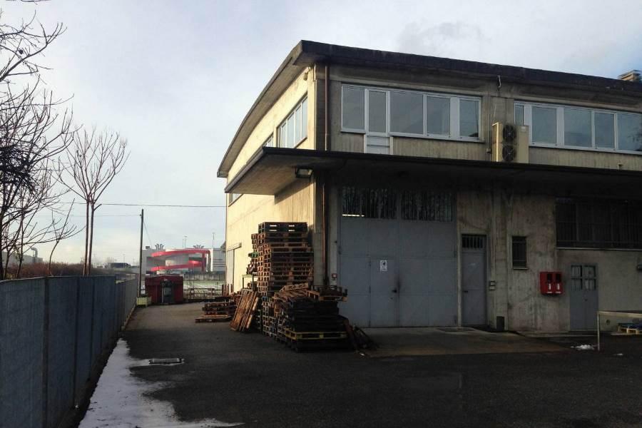 Capannone in affitto a Ponte San Pietro, 9999 locali, prezzo € 1.250 | CambioCasa.it
