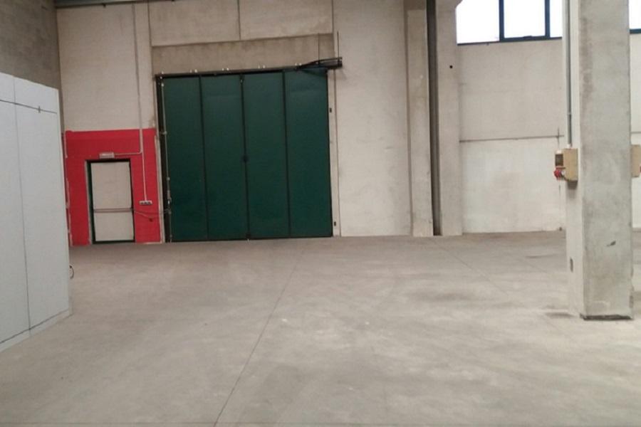 Capannone in vendita a Bonate Sopra, 9999 locali, prezzo € 600.000 | CambioCasa.it