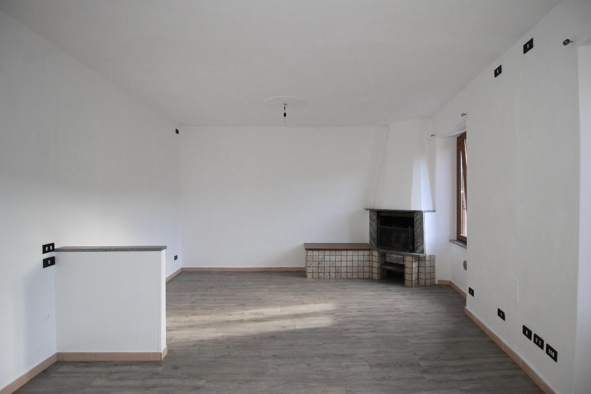 Appartamento in vendita a Pontida, 2 locali, prezzo € 38.000 | CambioCasa.it