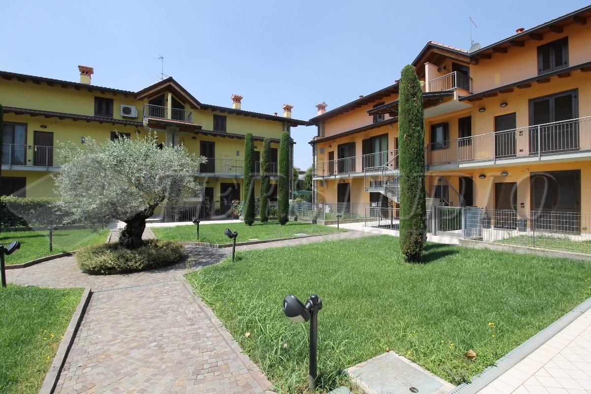 Appartamento in vendita a Grassobbio, 3 locali, prezzo € 149.000 | CambioCasa.it