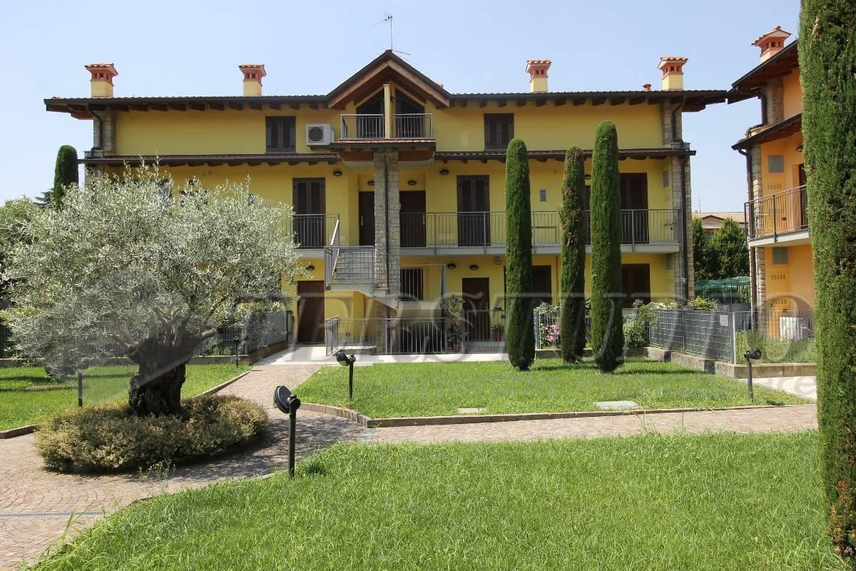 Appartamento in vendita a Grassobbio, 3 locali, prezzo € 105.000 | CambioCasa.it