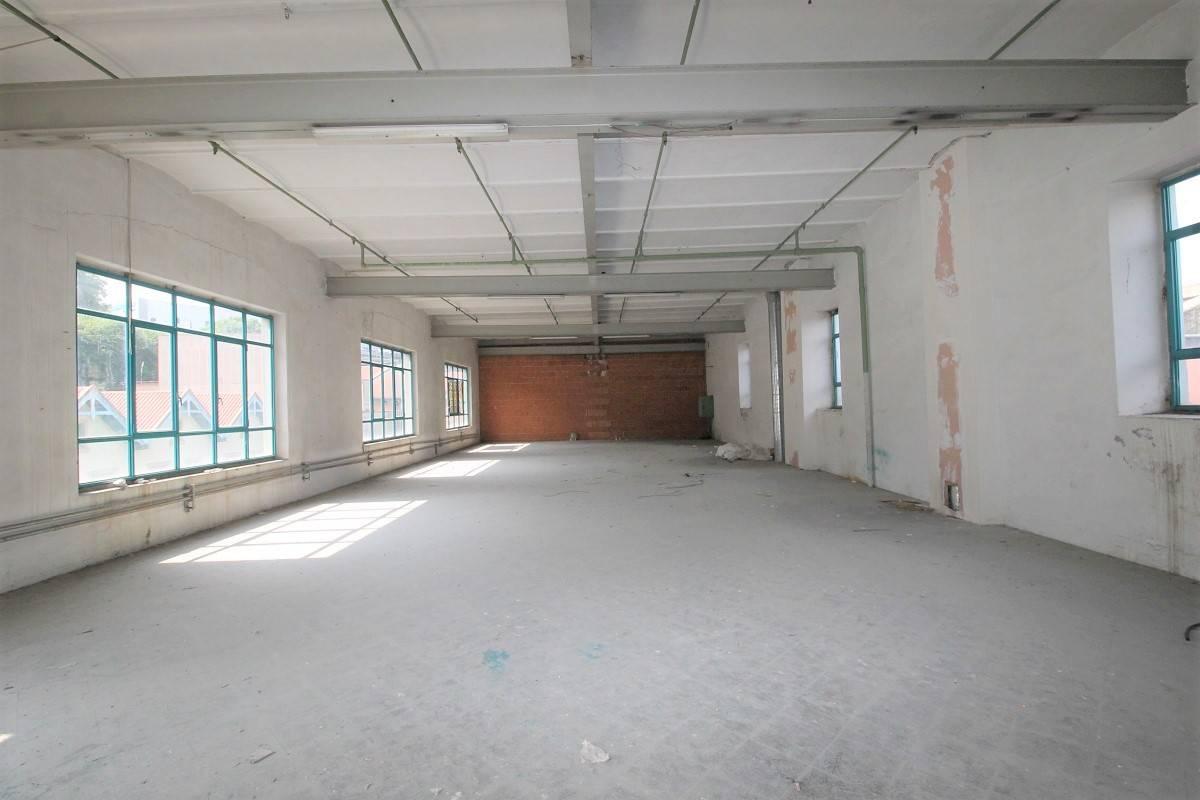Ufficio / Studio in vendita a Brembate di Sopra, 9999 locali, prezzo € 180.000   CambioCasa.it