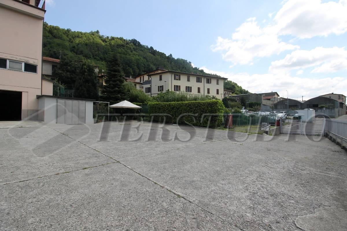Magazzino in affitto a Pontida, 9999 locali, prezzo € 400 | CambioCasa.it