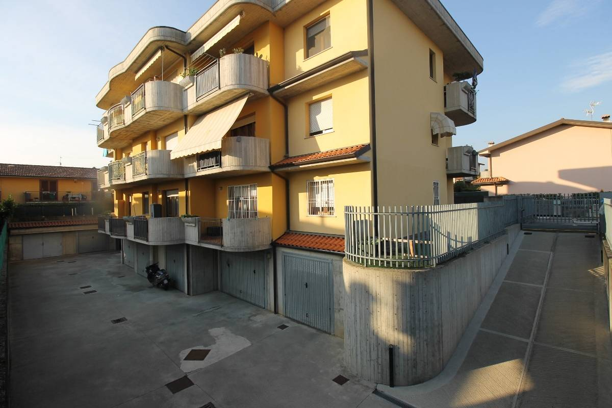 Appartamento in affitto a Montello, 3 locali, prezzo € 650 | CambioCasa.it