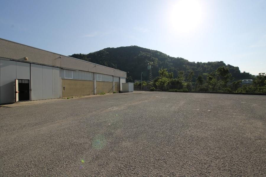 Capannone in vendita a Almenno San Salvatore (BG)