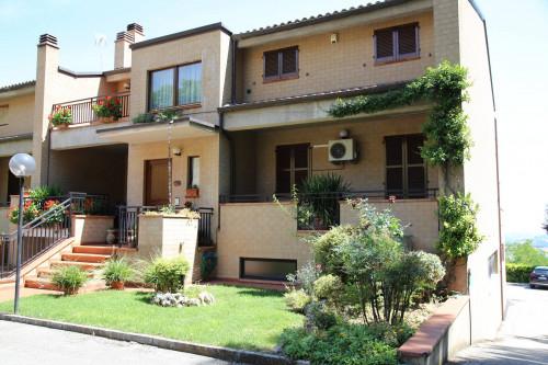 Vai alla scheda: Casa indipendente Vendita Santa Vittoria in Matenano