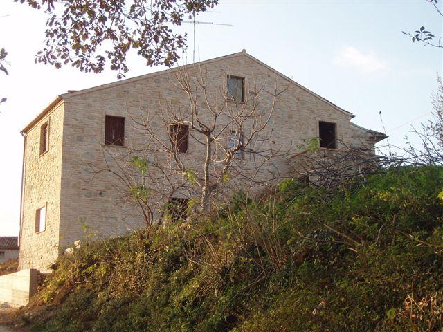 Soluzione Indipendente in vendita a Servigliano, 5 locali, Trattative riservate | CambioCasa.it