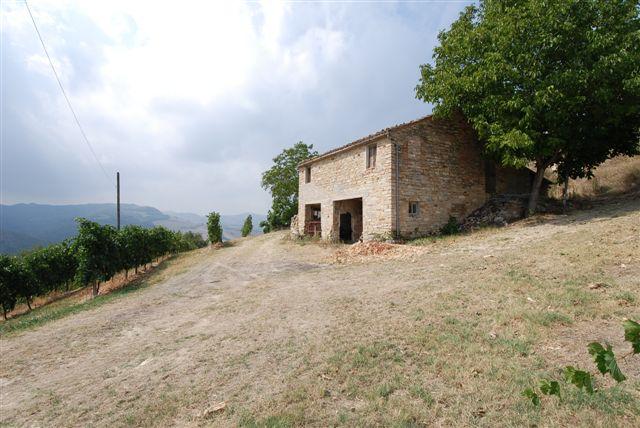 Soluzione Indipendente in vendita a Montelparo, 7 locali, Trattative riservate | Cambio Casa.it