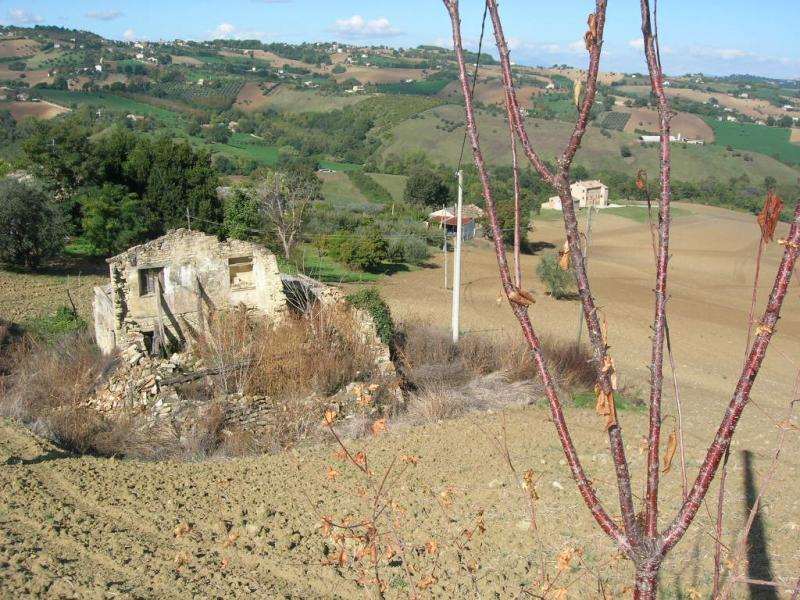 Soluzione Indipendente in vendita a Monteleone di Fermo, 1 locali, Trattative riservate | Cambio Casa.it