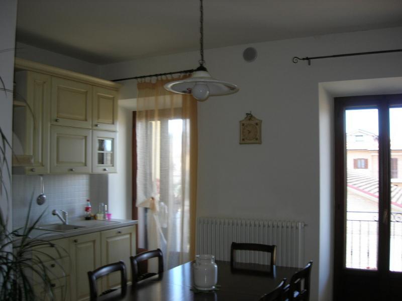 Appartamento in vendita a Servigliano, 6 locali, prezzo € 140.000 | CambioCasa.it