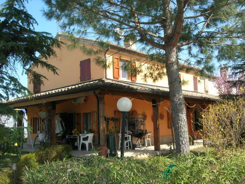 Soluzione Indipendente in vendita a Montottone, 10 locali, prezzo € 330.000 | Cambio Casa.it