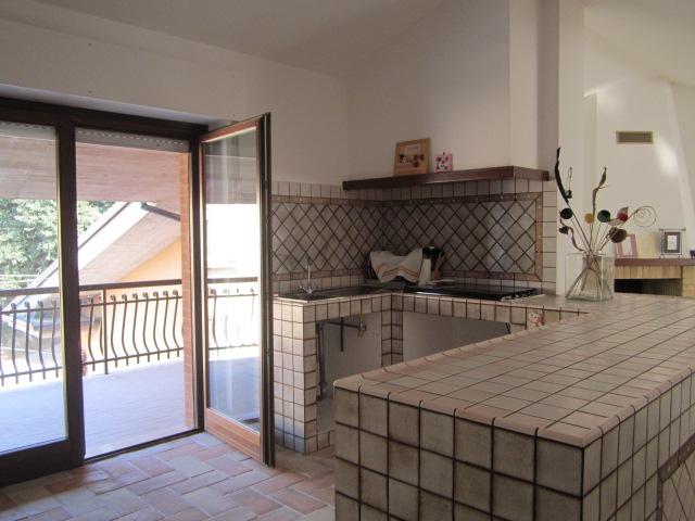 Appartamento in vendita a Monsampietro Morico, 5 locali, prezzo € 135.000 | Cambio Casa.it