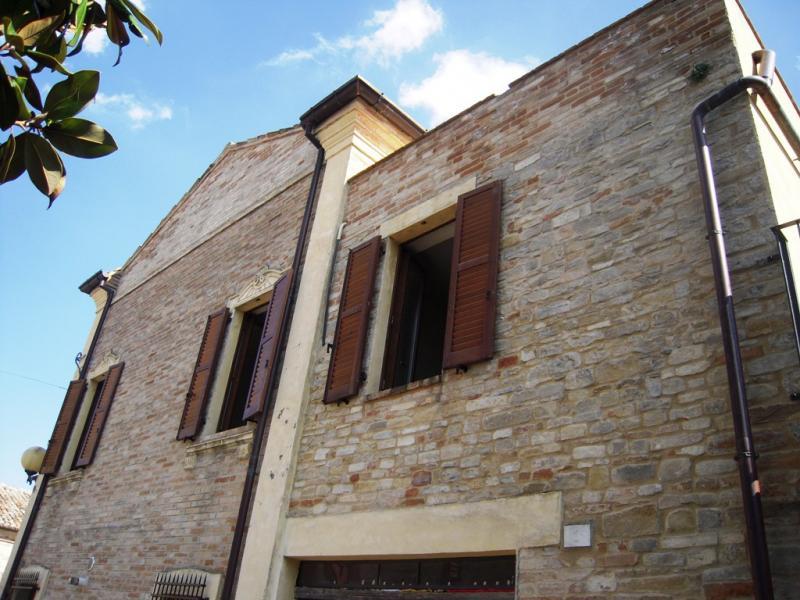 Appartamento in vendita a Monteleone di Fermo, 6 locali, prezzo € 140.000   Cambio Casa.it