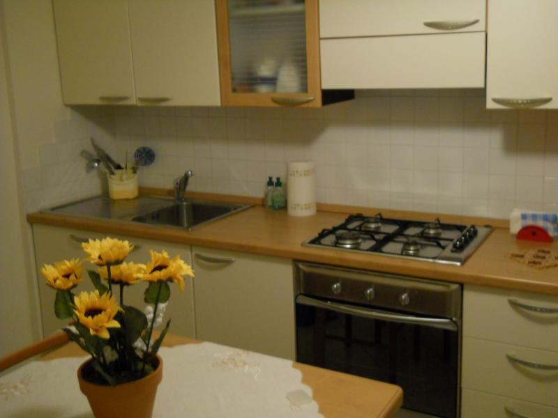 Appartamento in vendita a Montegranaro, 2 locali, prezzo € 45.000 | Cambio Casa.it