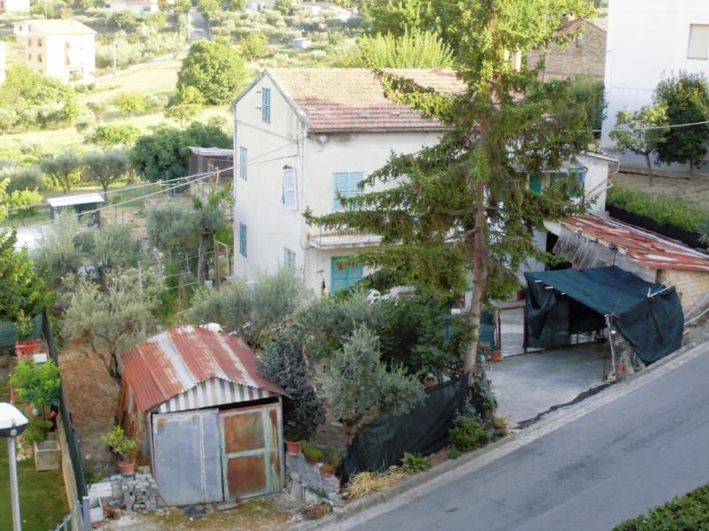 Soluzione Indipendente in vendita a Mogliano, 8 locali, prezzo € 160.000 | Cambio Casa.it