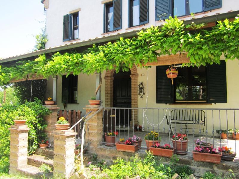 Soluzione Indipendente in vendita a Servigliano, 7 locali, prezzo € 270.000 | CambioCasa.it