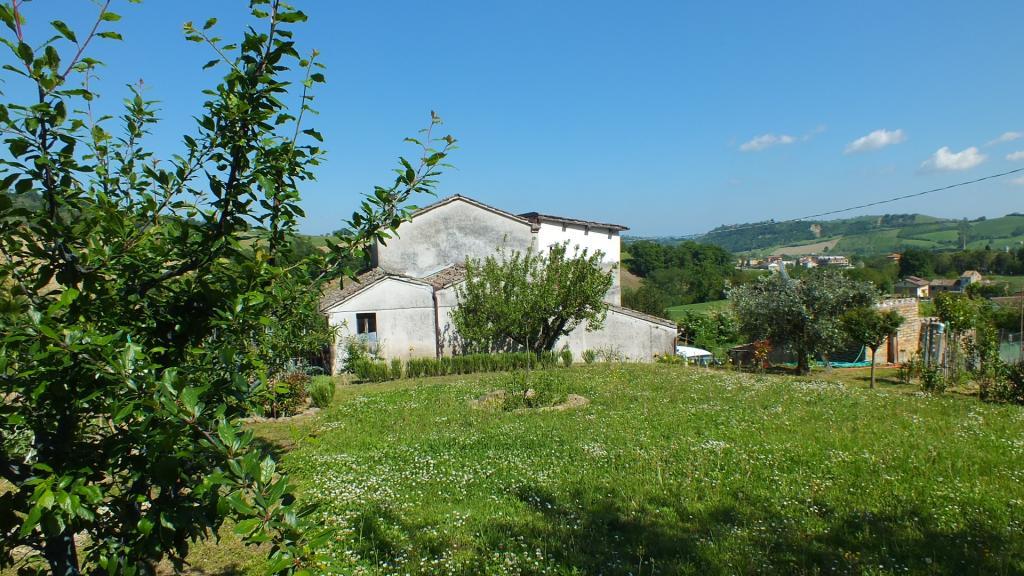 Soluzione Indipendente in vendita a Falerone, 5 locali, zona Località: PianediFalerone, prezzo € 200.000 | Cambio Casa.it