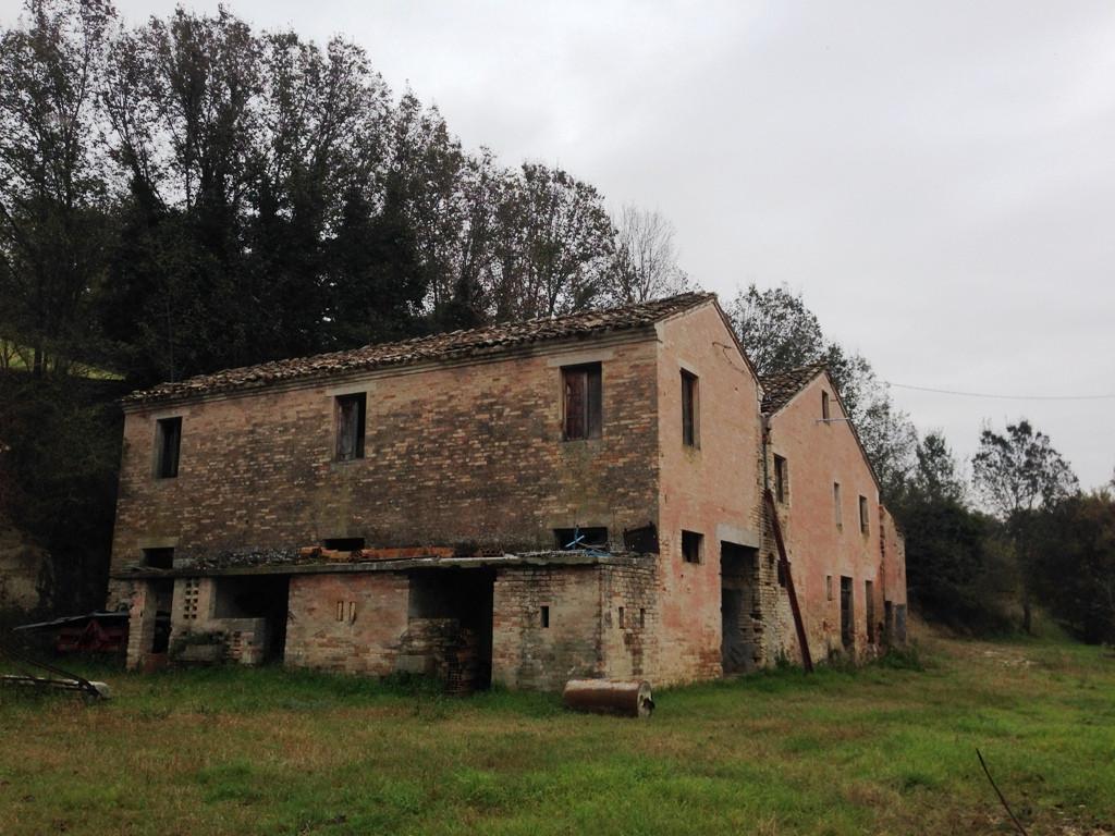 Soluzione Indipendente in vendita a Magliano di Tenna, 5 locali, prezzo € 148.000 | Cambio Casa.it