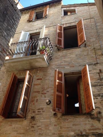 Soluzione Indipendente in vendita a Falerone, 7 locali, prezzo € 135.000   Cambio Casa.it