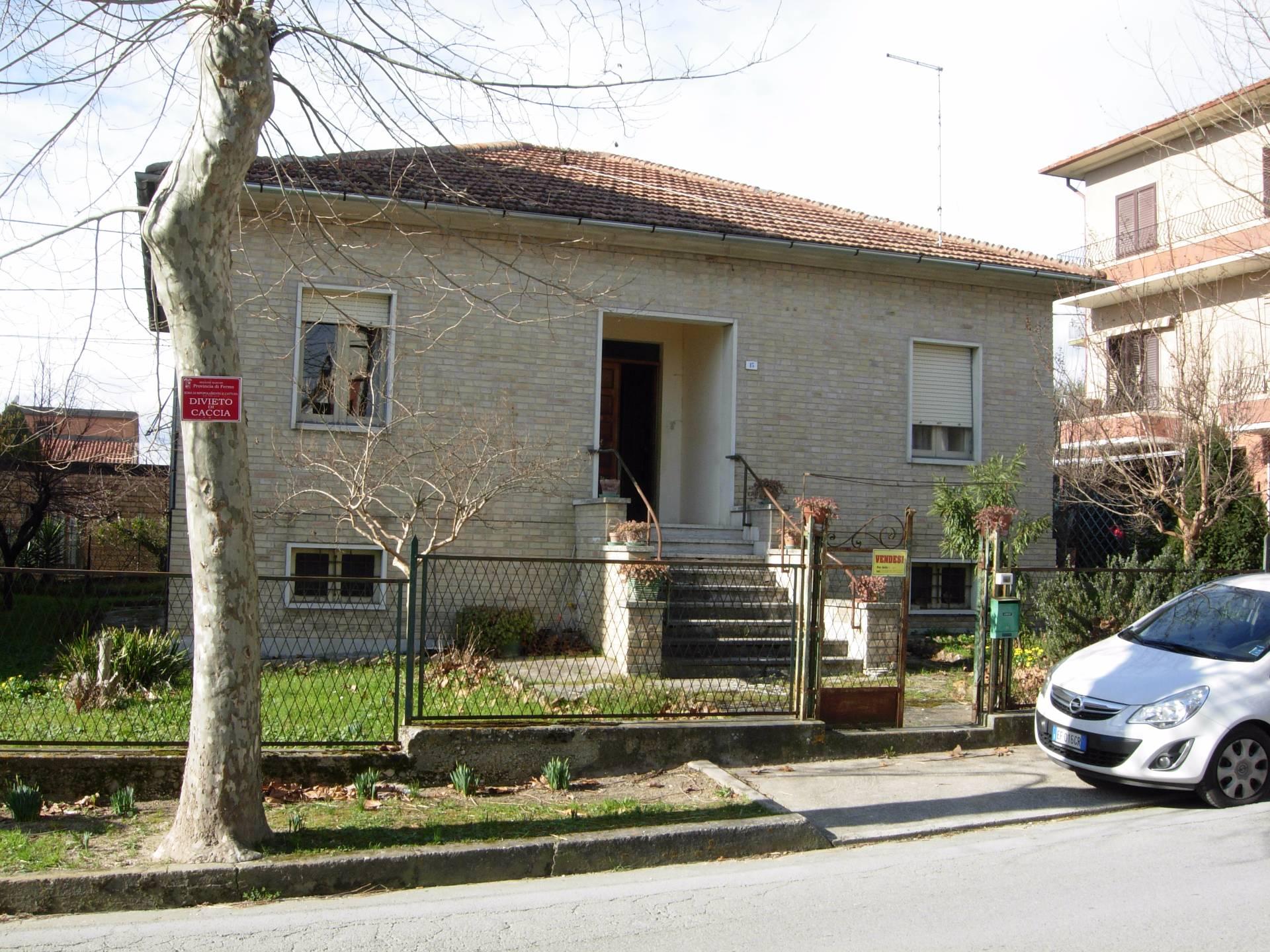 Soluzione Indipendente in vendita a Falerone, 5 locali, prezzo € 110.000 | Cambio Casa.it