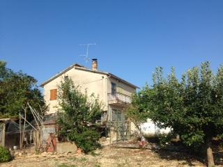 Soluzione Indipendente in vendita a Torre San Patrizio, 5 locali, prezzo € 140.000 | Cambio Casa.it
