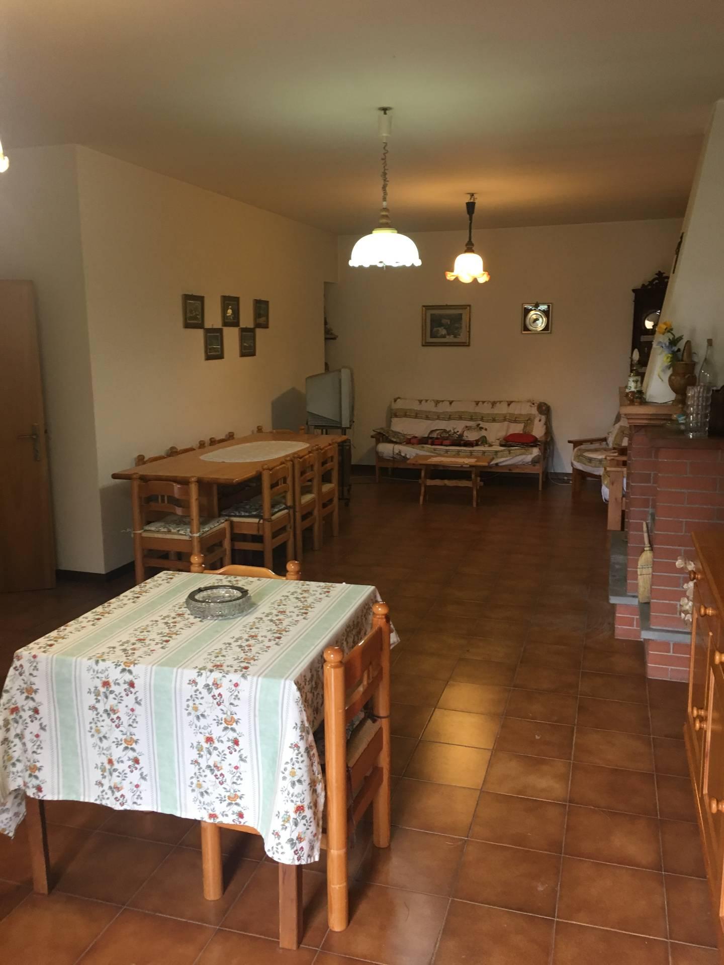 Appartamento in affitto a Monteleone di Fermo, 4 locali, prezzo € 650 | Cambio Casa.it