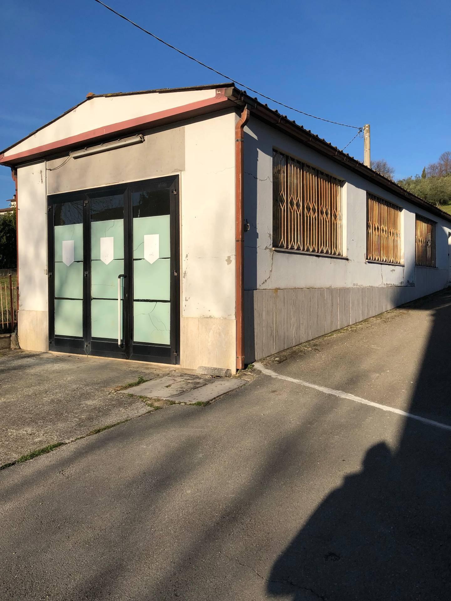 Negozio / Locale in vendita a Falerone, 9999 locali, zona Località: PianediFalerone, prezzo € 38.000 | CambioCasa.it