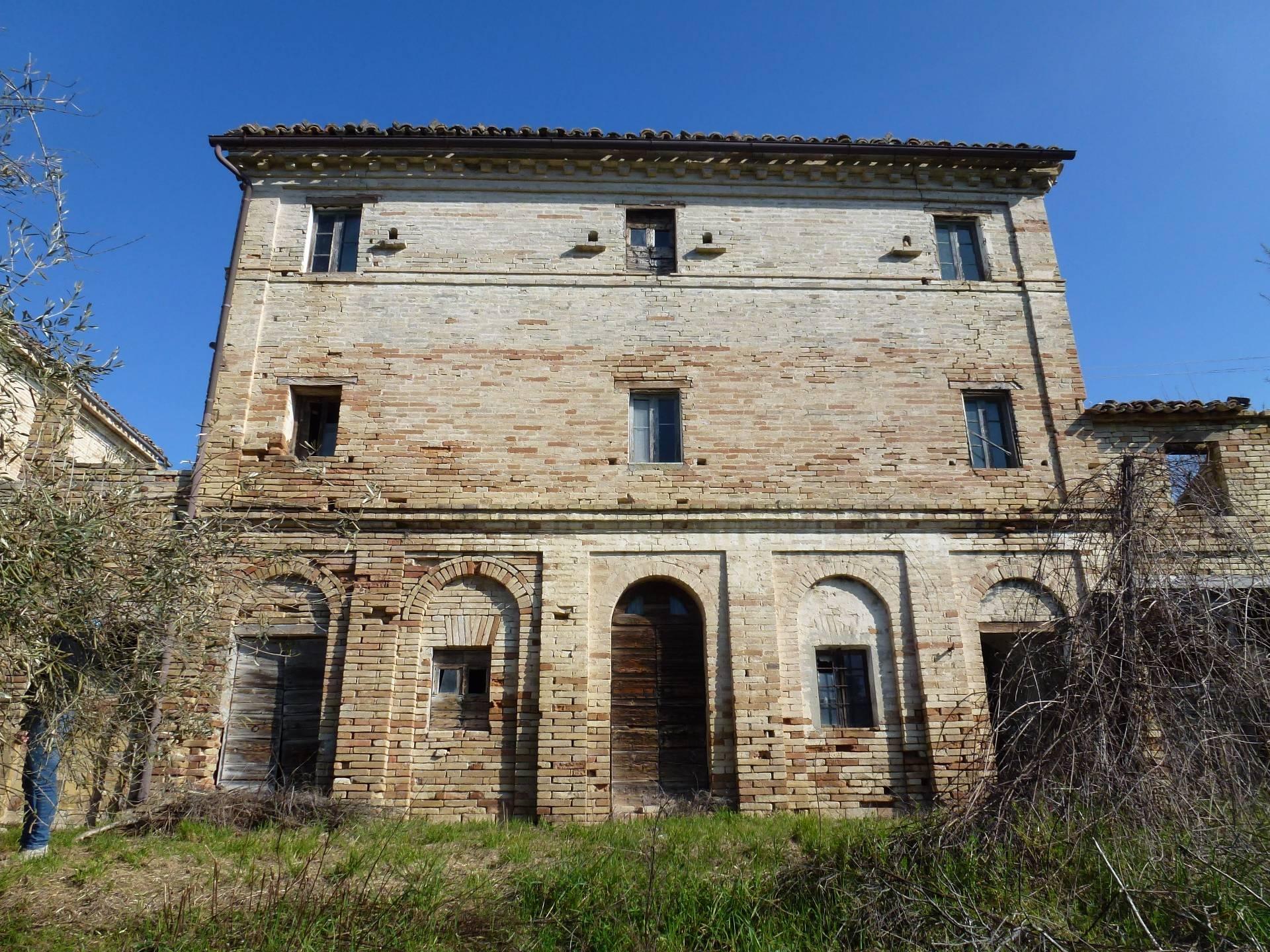 Foto - Indipendente In Vendita Mogliano (mc)