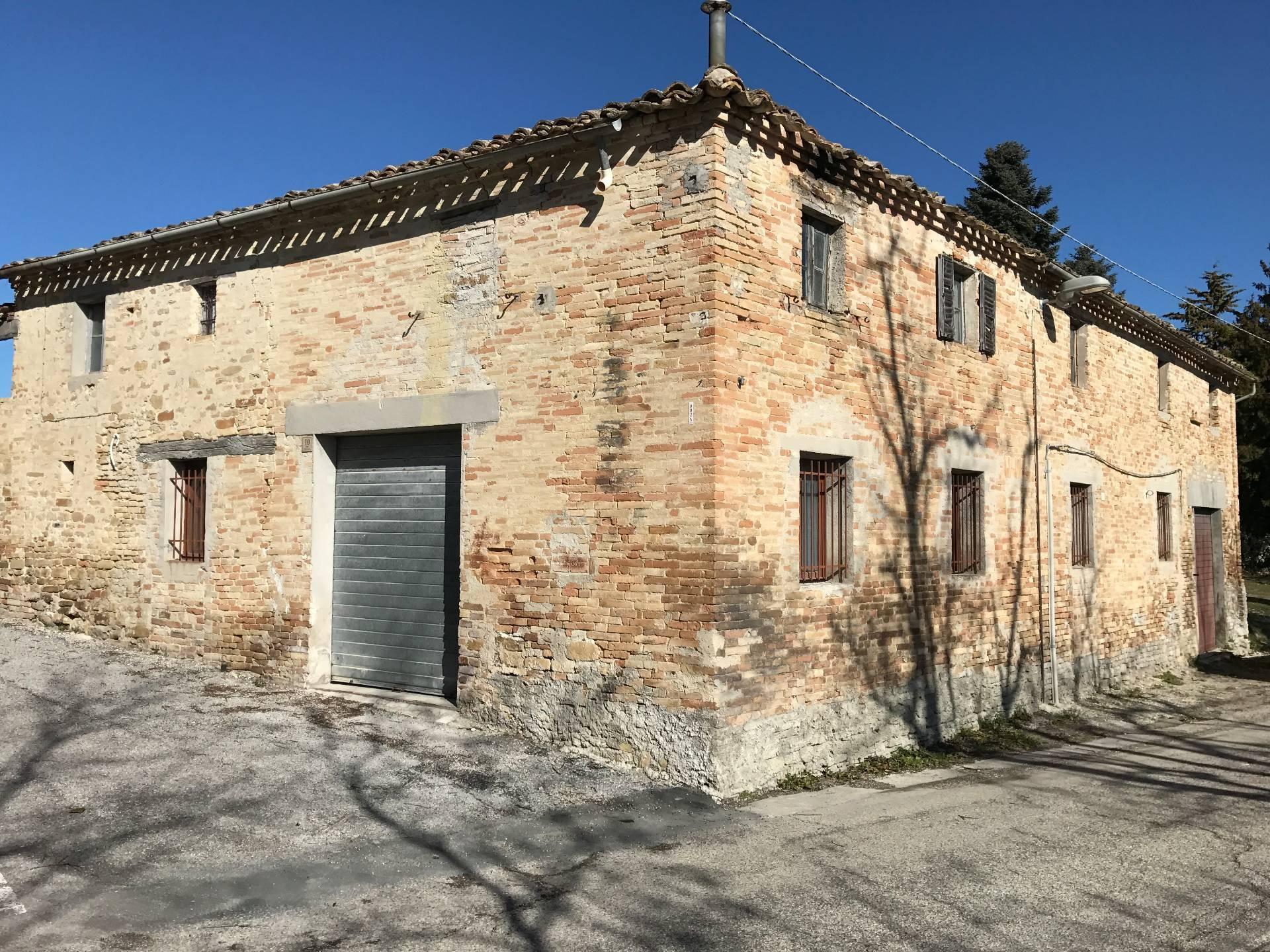 Soluzione Indipendente in vendita a Servigliano, 20 locali, prezzo € 148.000 | CambioCasa.it