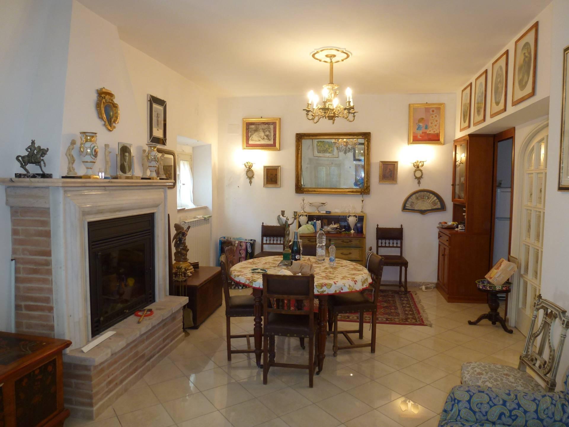 Appartamento in vendita a Servigliano, 4 locali, prezzo € 110.000 | CambioCasa.it