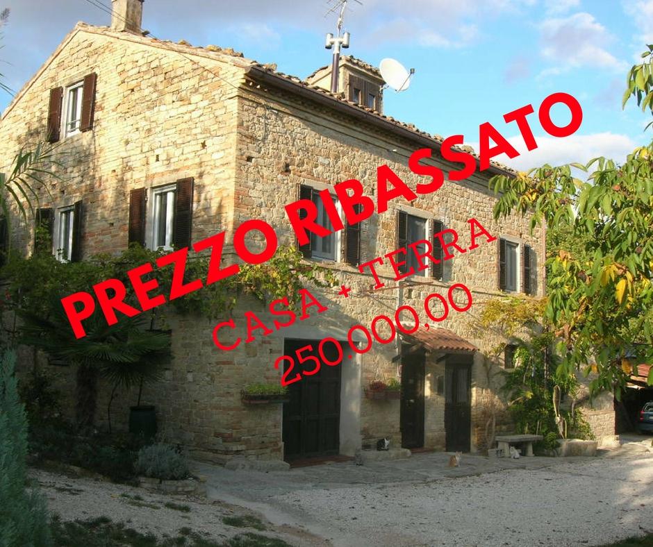 Attività / Licenza in vendita a Santa Vittoria in Matenano, 10 locali, prezzo € 250.000 | CambioCasa.it