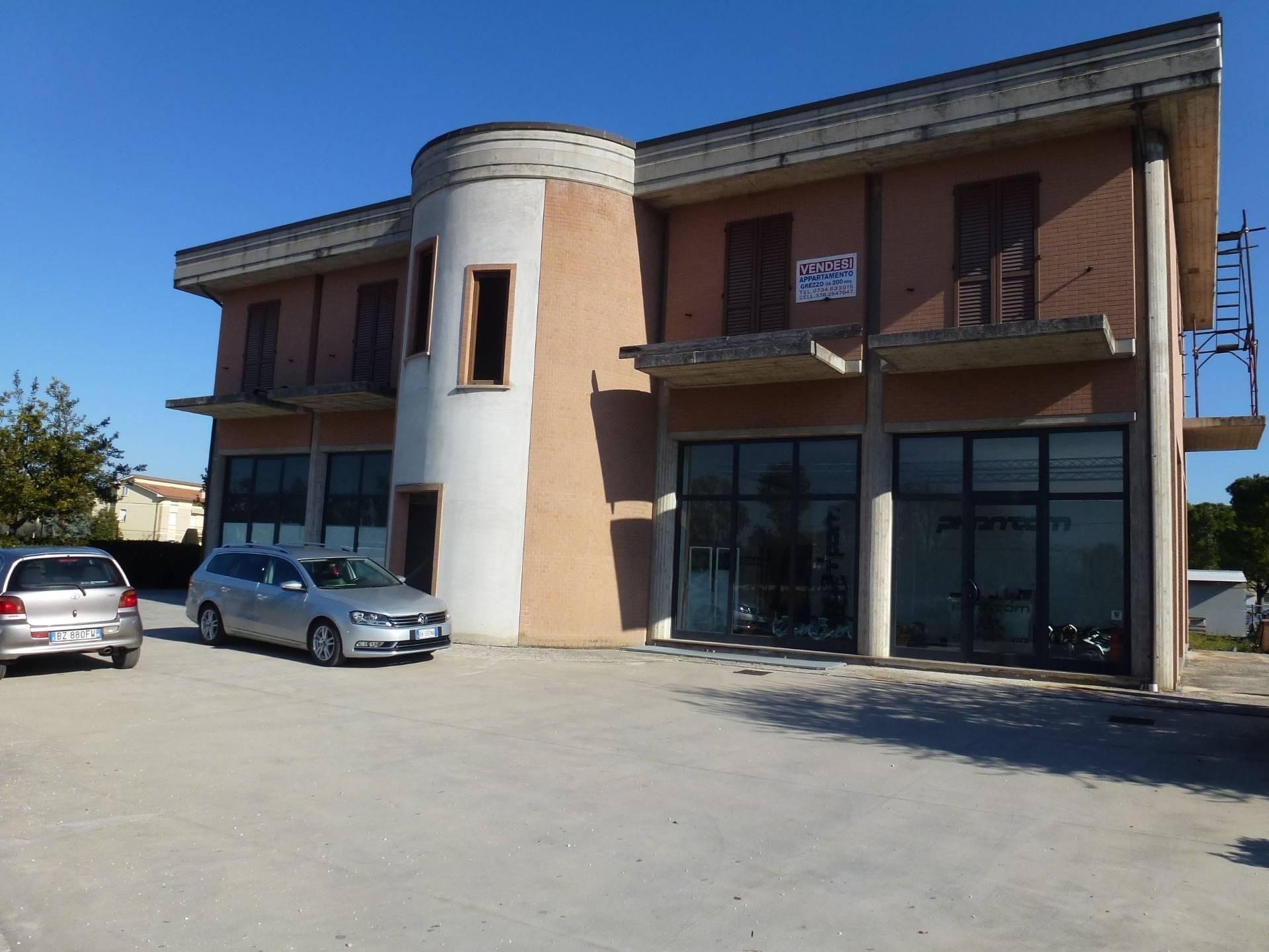 Attività / Licenza in vendita a Grottazzolina, 5 locali, prezzo € 100.000 | CambioCasa.it