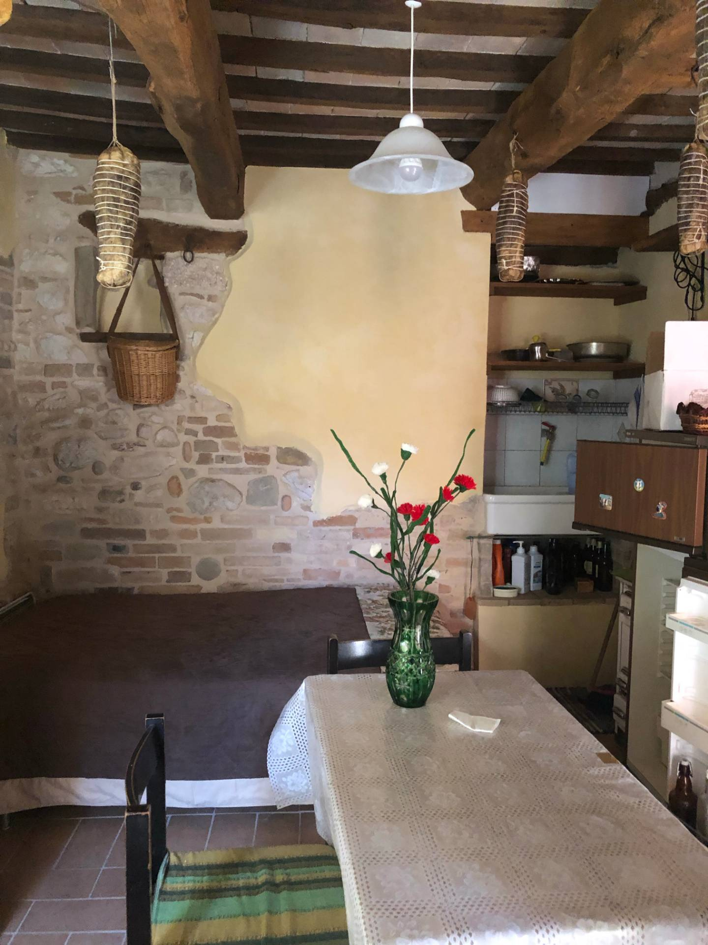 Appartamento in vendita a Sarnano, 3 locali, prezzo € 48.000 | CambioCasa.it
