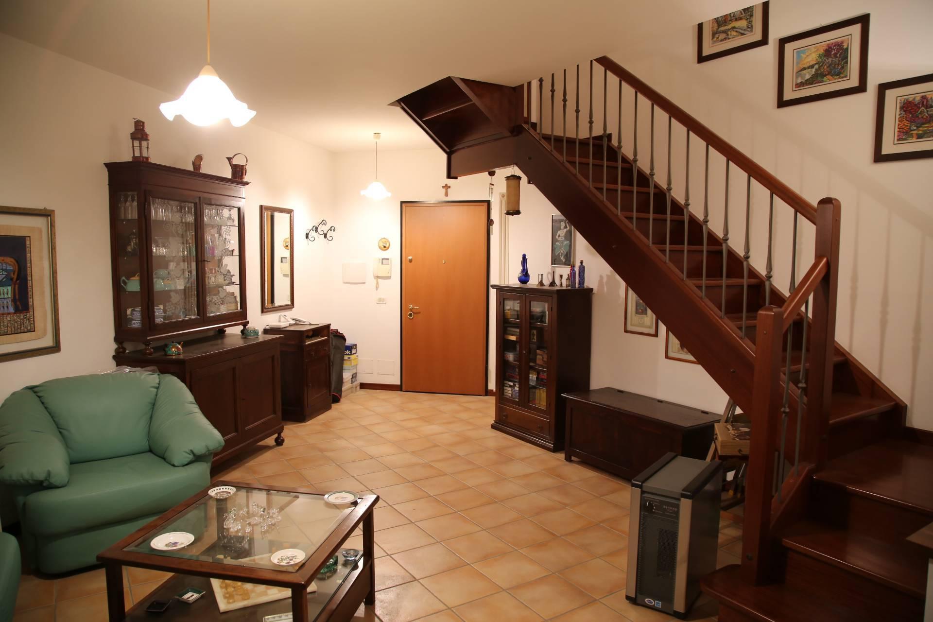 Appartamento in vendita a Falerone, 4 locali, zona Località: PianediFalerone, prezzo € 124.000   PortaleAgenzieImmobiliari.it