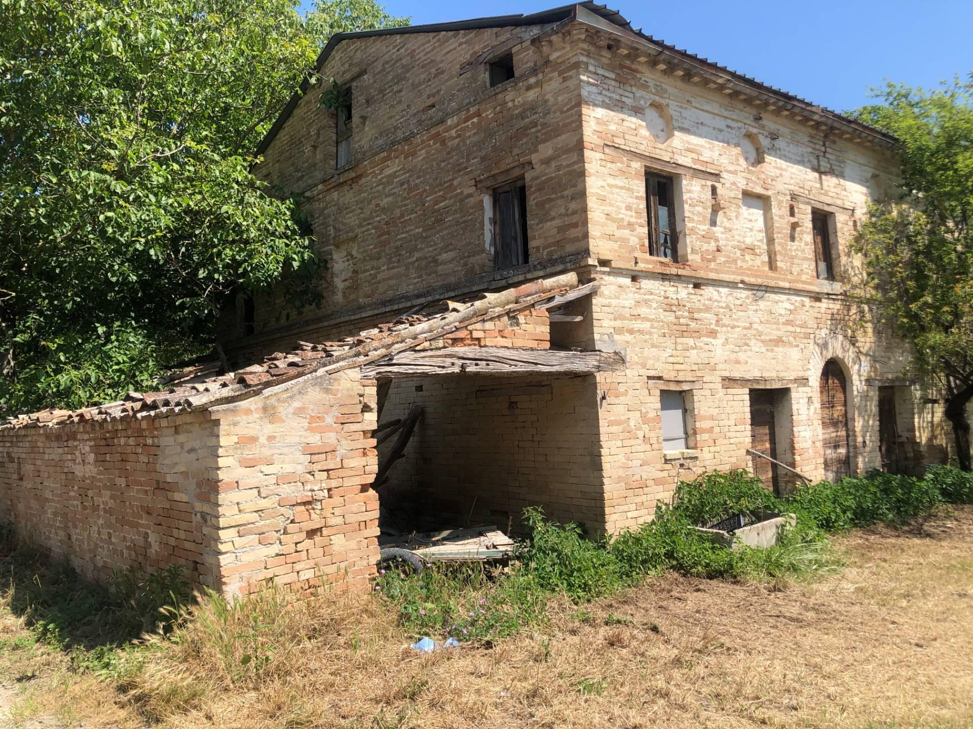 Casa indipendente in vendita a Mogliano (MC)
