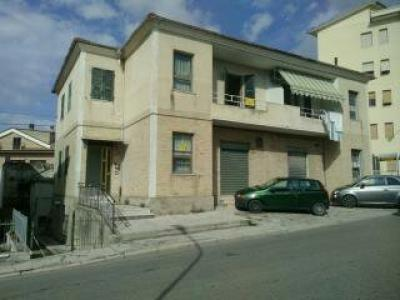 Appartamento in Affitto a Monte San Giusto