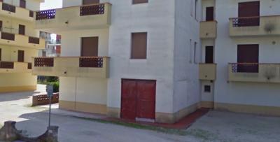 Magazzino in Vendita a Porto Recanati
