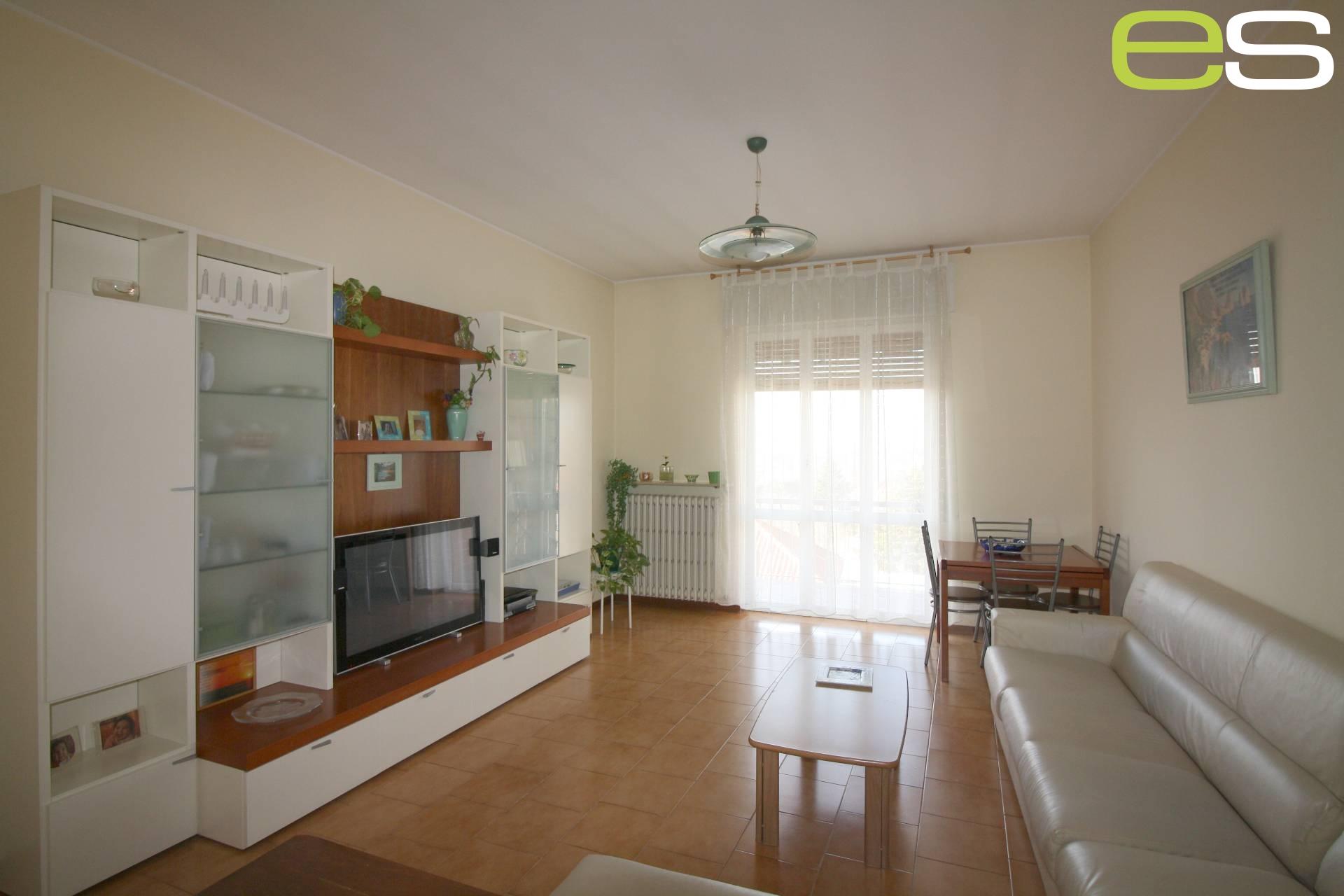 Appartamento in vendita a Cassago Brianza, 1 locali, prezzo € 125.000 | Cambio Casa.it