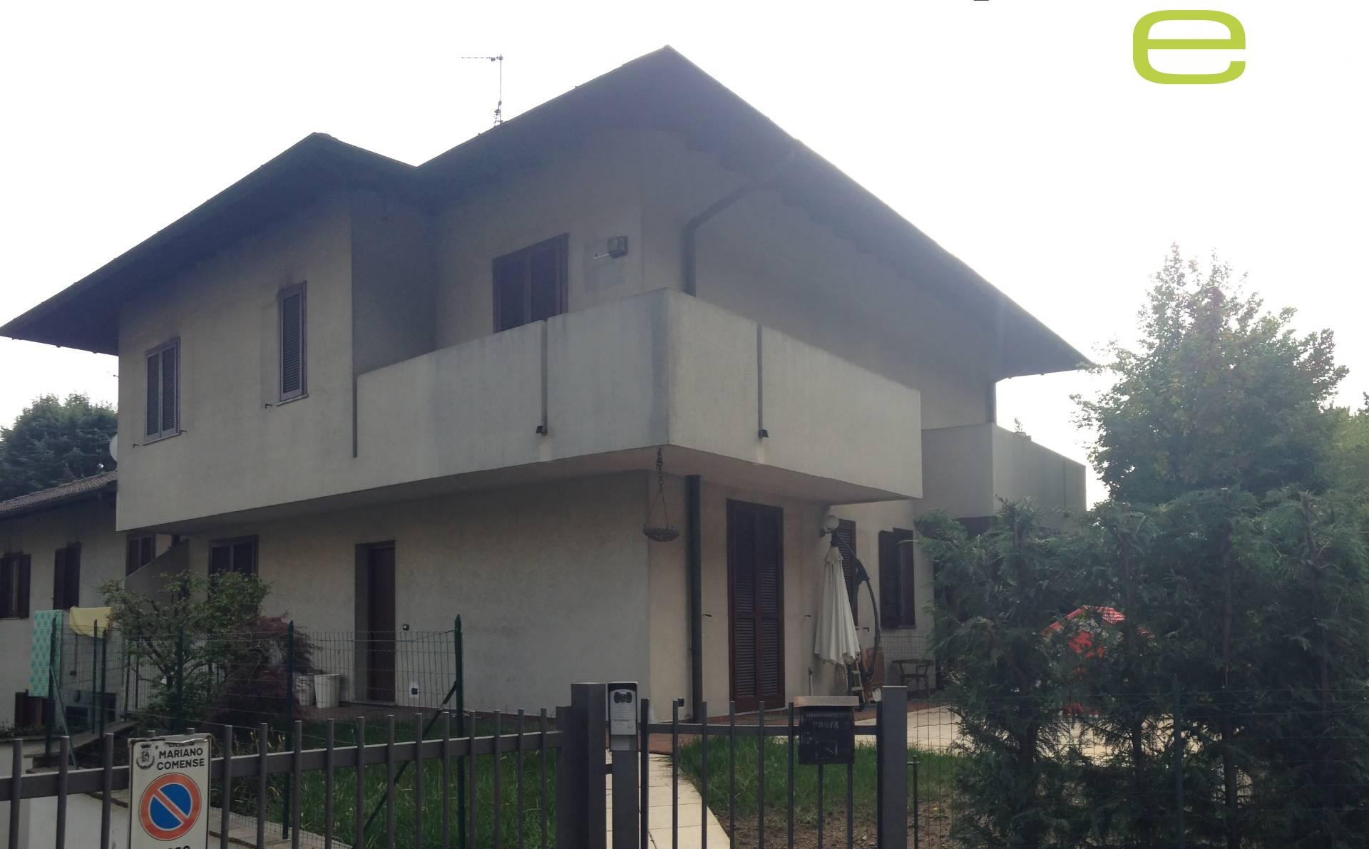 Villa a Schiera in Vendita a Mariano Comense
