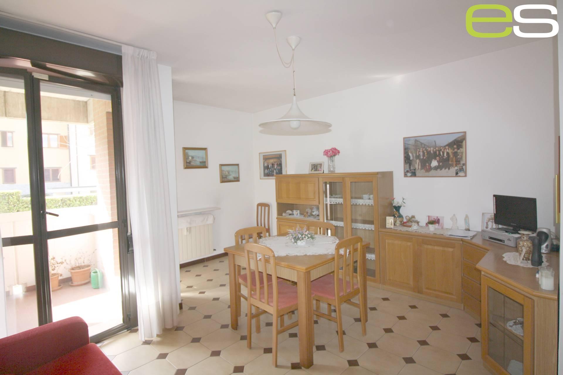Appartamento in vendita a Veduggio con Colzano, 1 locali, prezzo € 99.000 | Cambio Casa.it