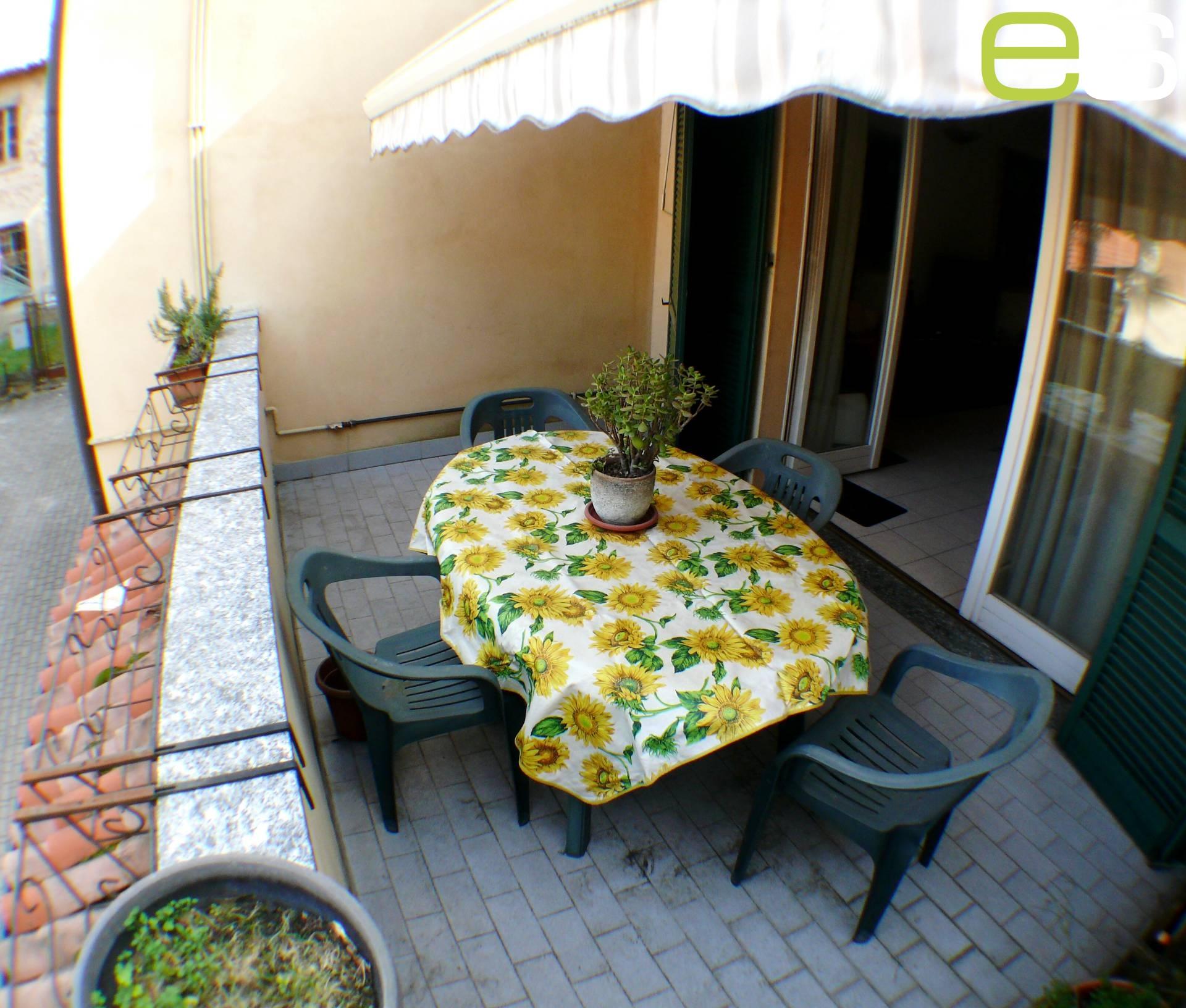 Appartamento in vendita a Besana in Brianza, 2 locali, prezzo € 140.000 | Cambio Casa.it