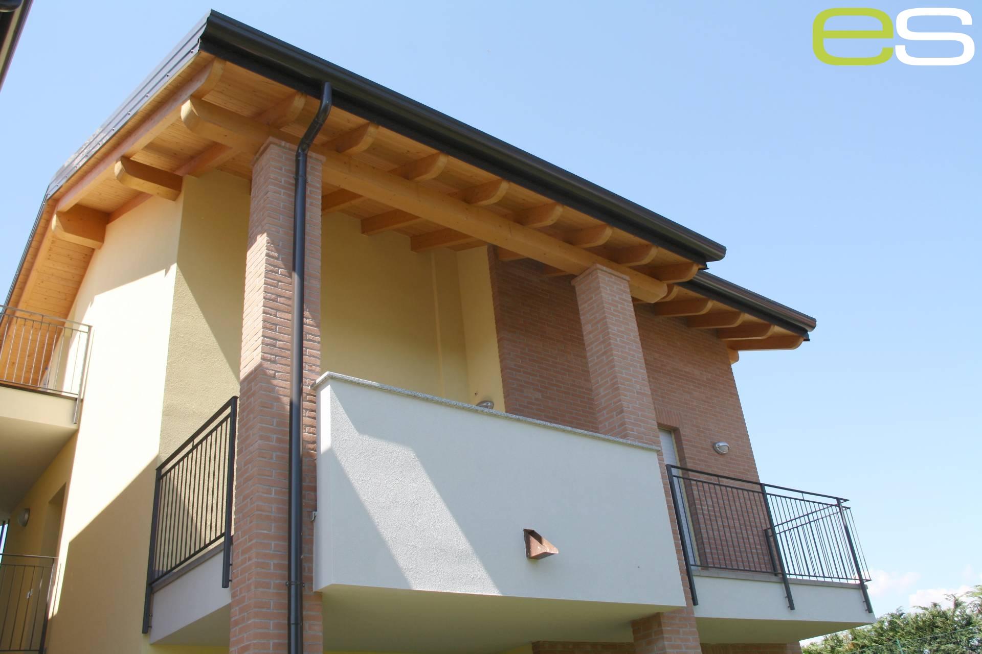 Appartamento in Vendita a Veduggio con Colzano