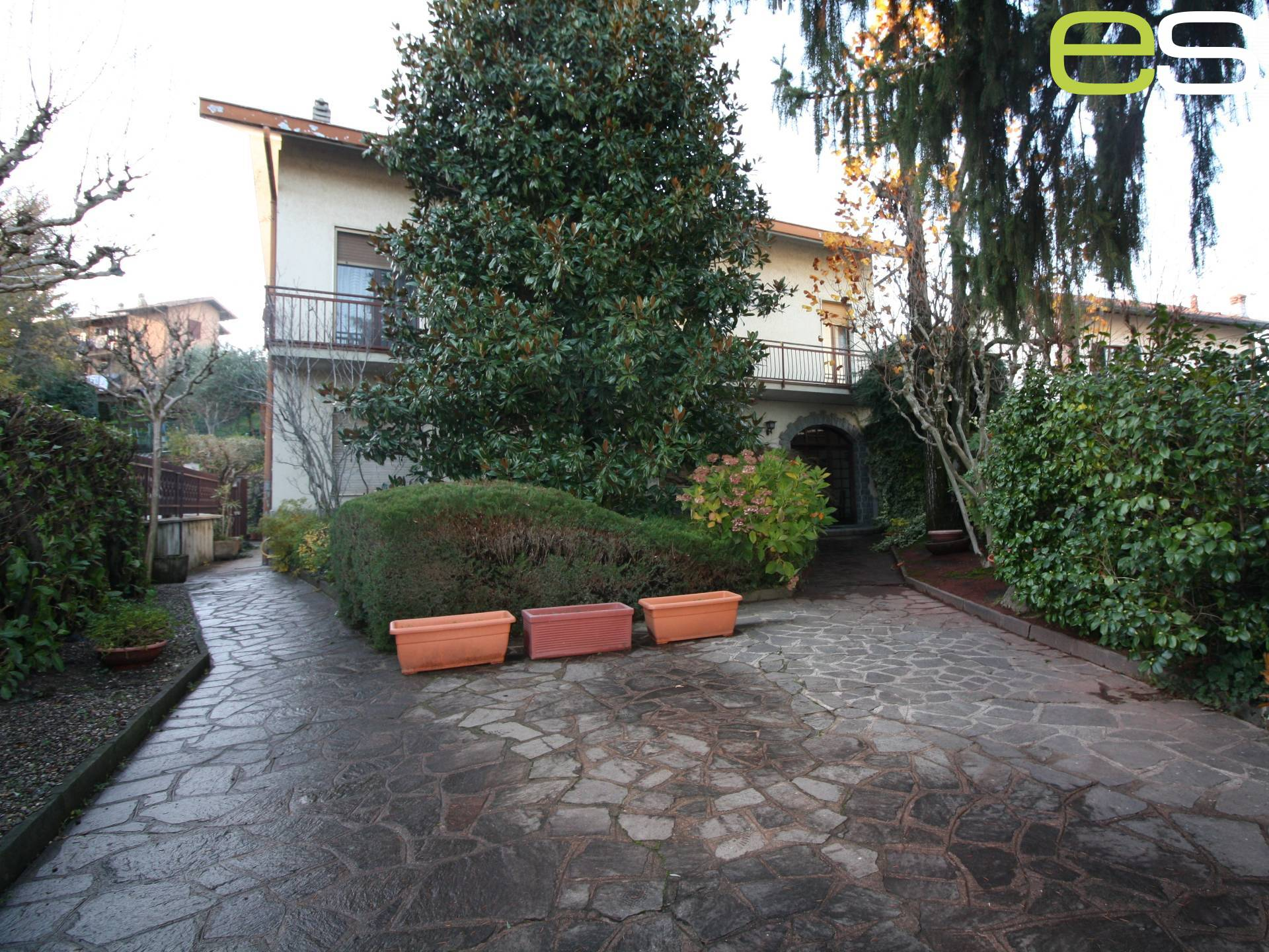 Villa in vendita a Monguzzo, 5 locali, prezzo € 276.000 | PortaleAgenzieImmobiliari.it