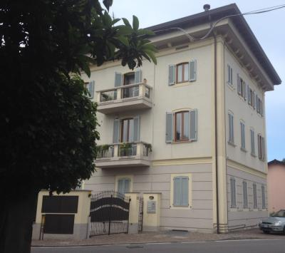 Appartamento in Vendita a Barzanò